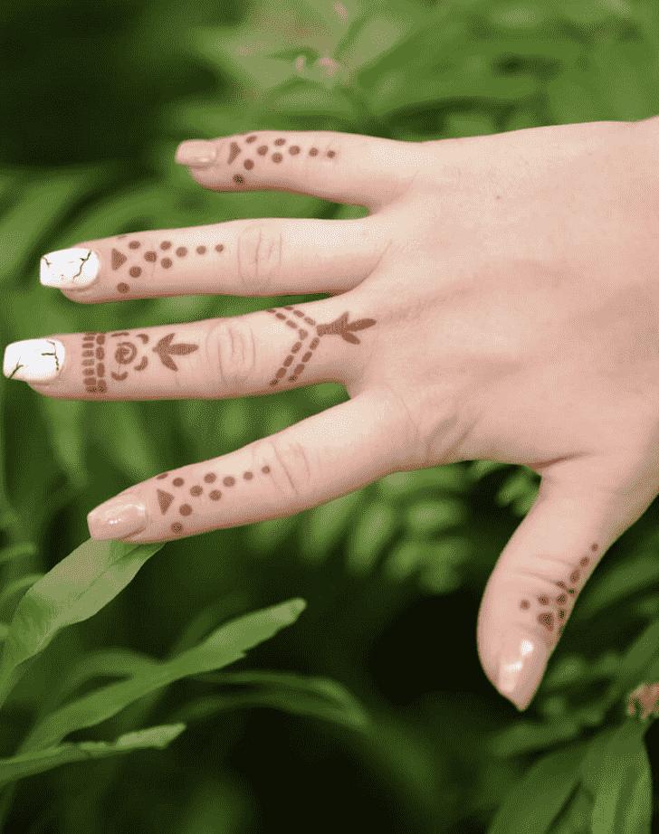 Nice Ring Henna Design