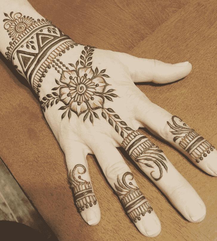 Bewitching Romantic Henna design