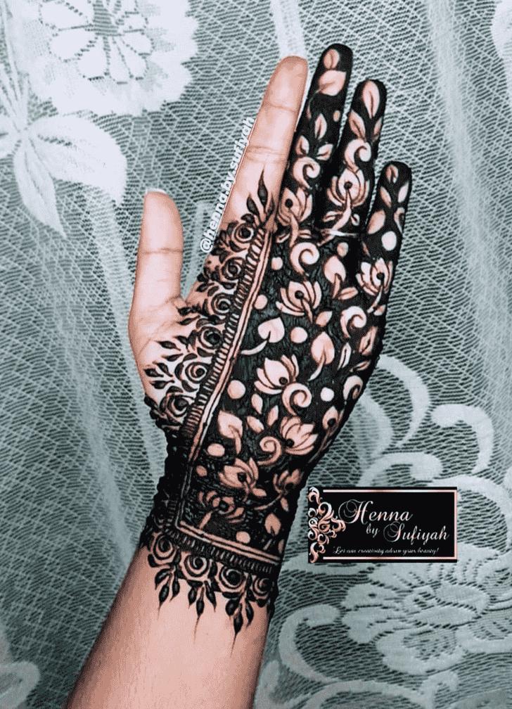 Romantic Henna design