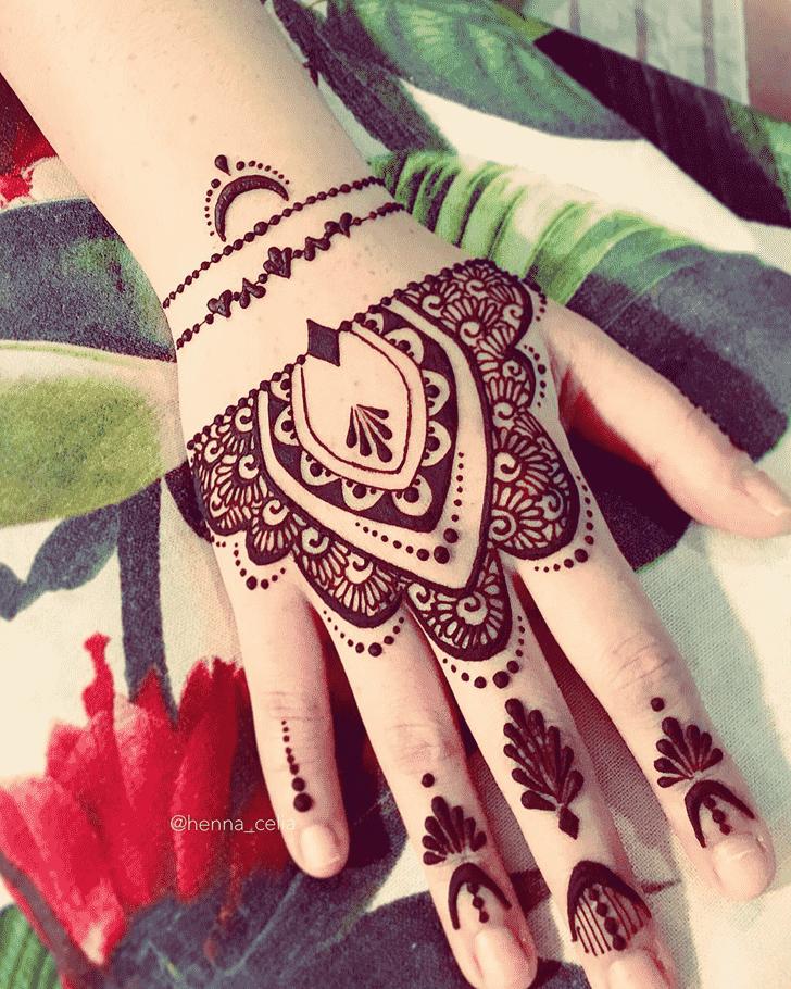 Excellent Romantic Henna design