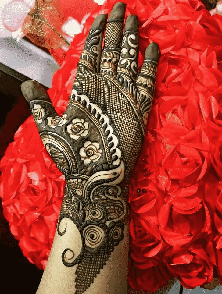 Fair Romantic Henna design