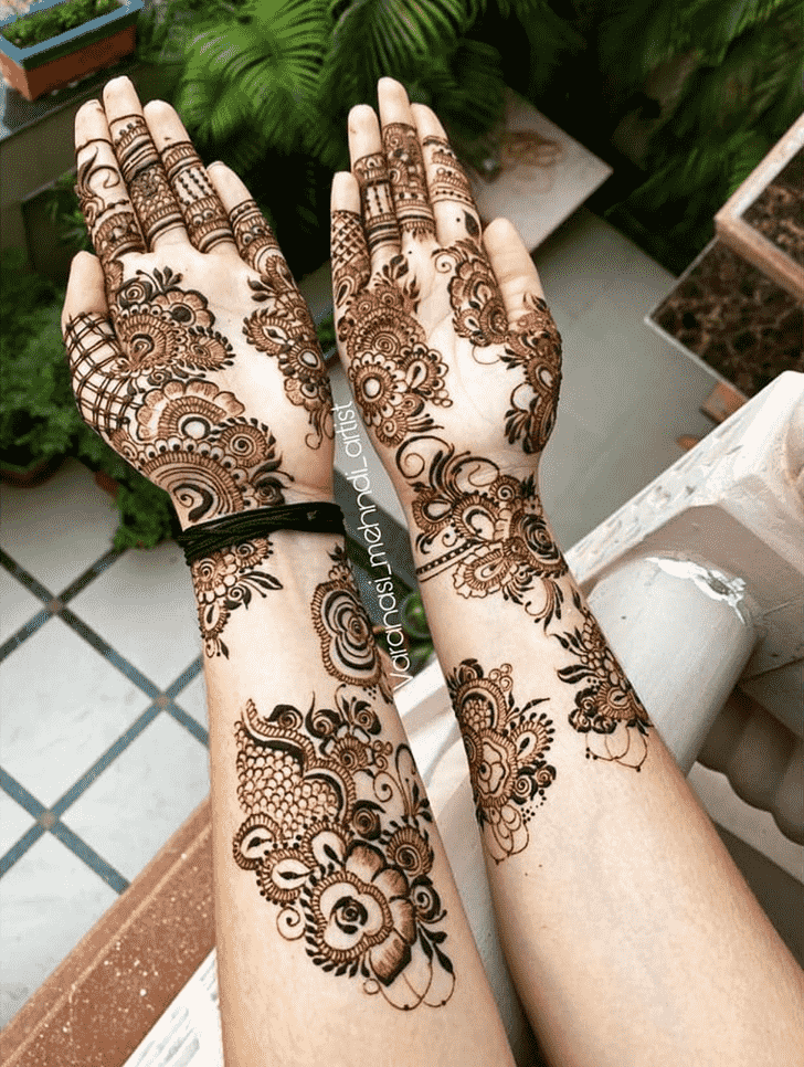Superb Romantic Henna design