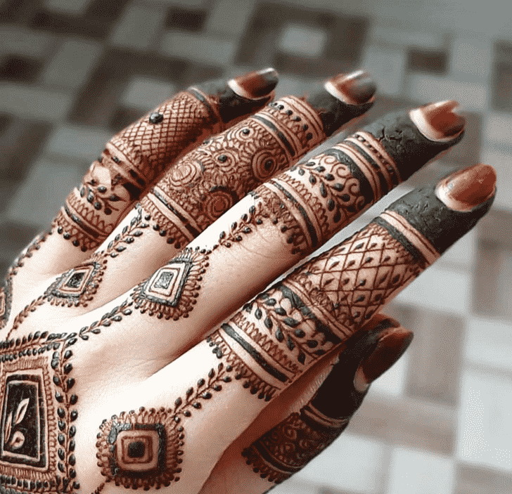 Adorable Rome Henna Design