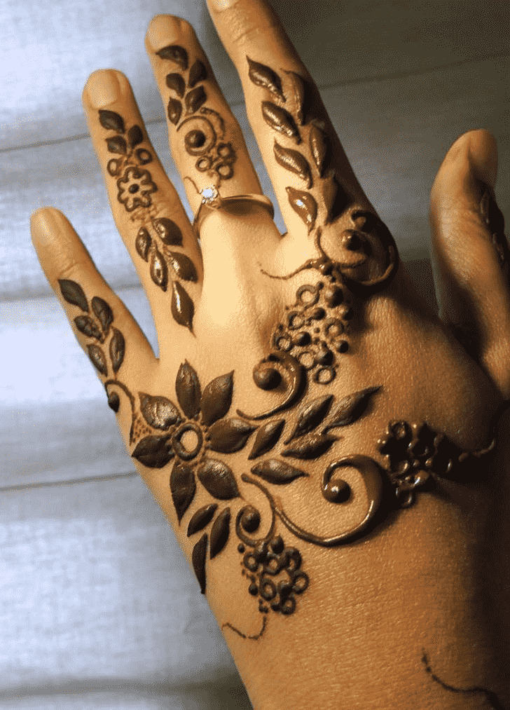 Beauteous Rome Henna Design