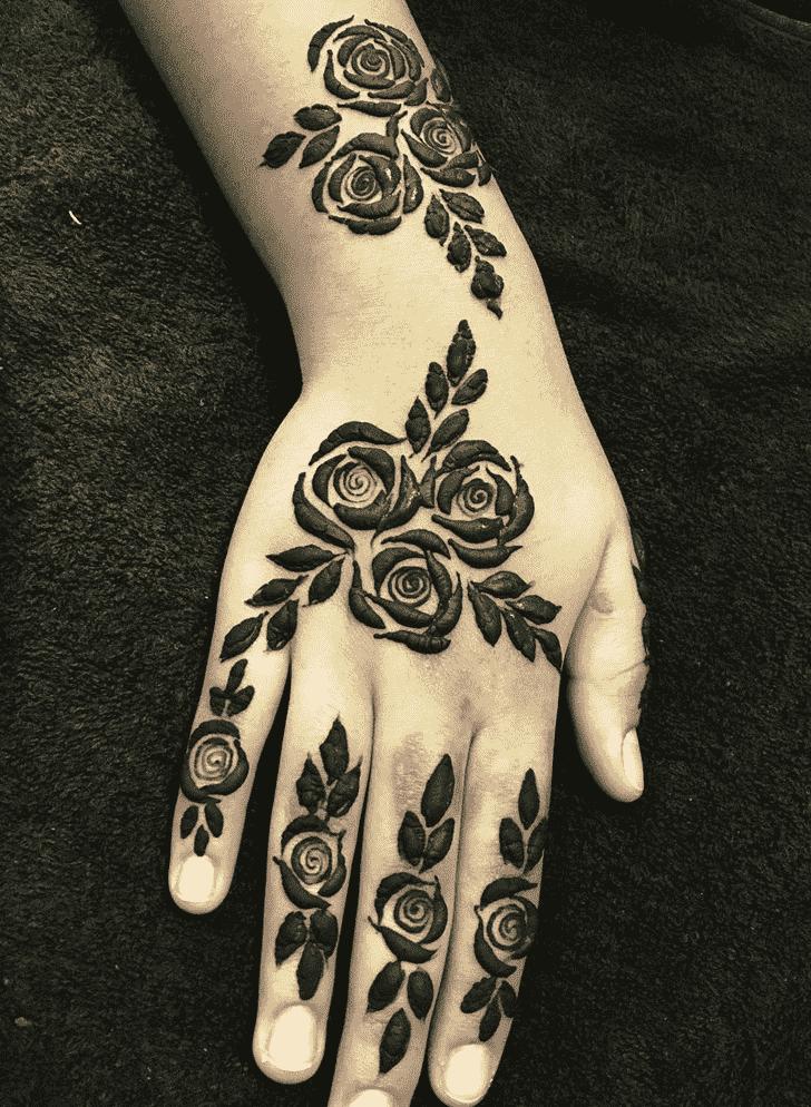 Bewitching Rome Henna Design