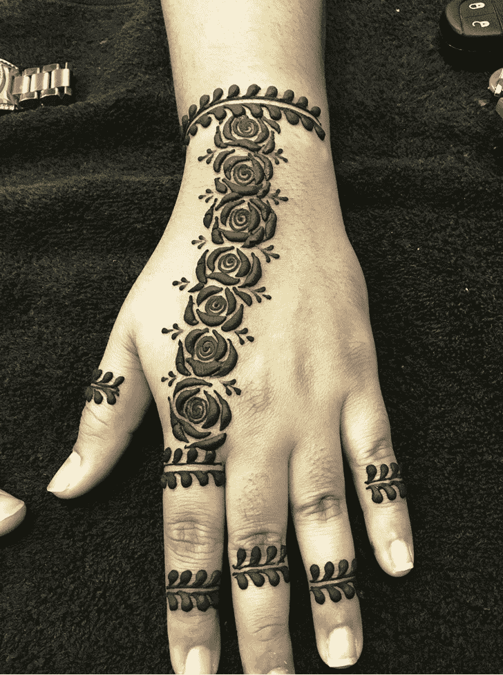 Captivating Rome Henna Design