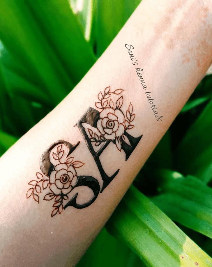 Alluring Roses Henna Design