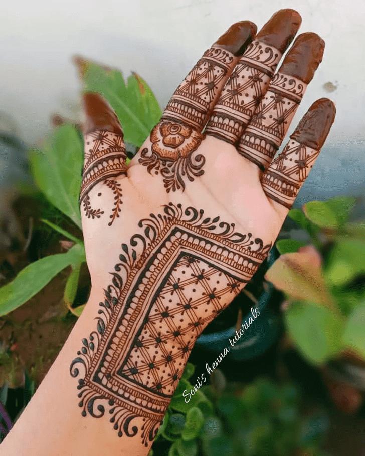 Captivating Roses Henna Design