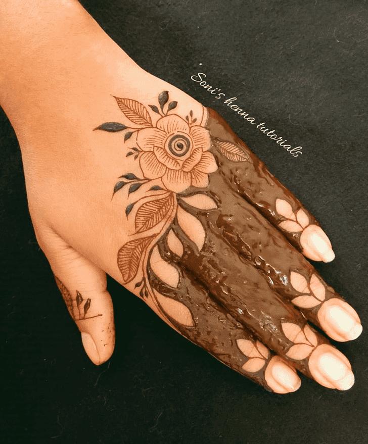 Classy Roses Henna Design