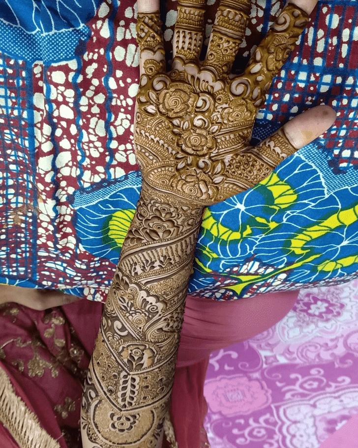 Grand Roses Henna Design