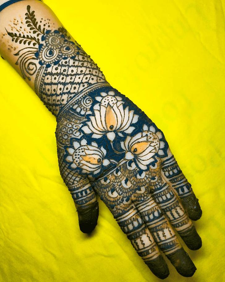 Mesmeric Roses Henna Design