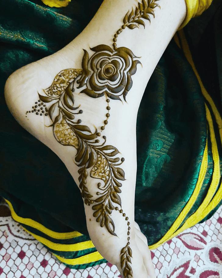 Pleasing Roses Henna Design