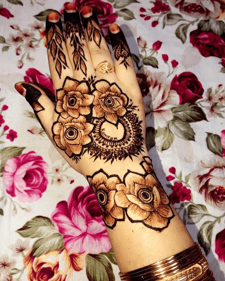 Resplendent Roses Henna Design