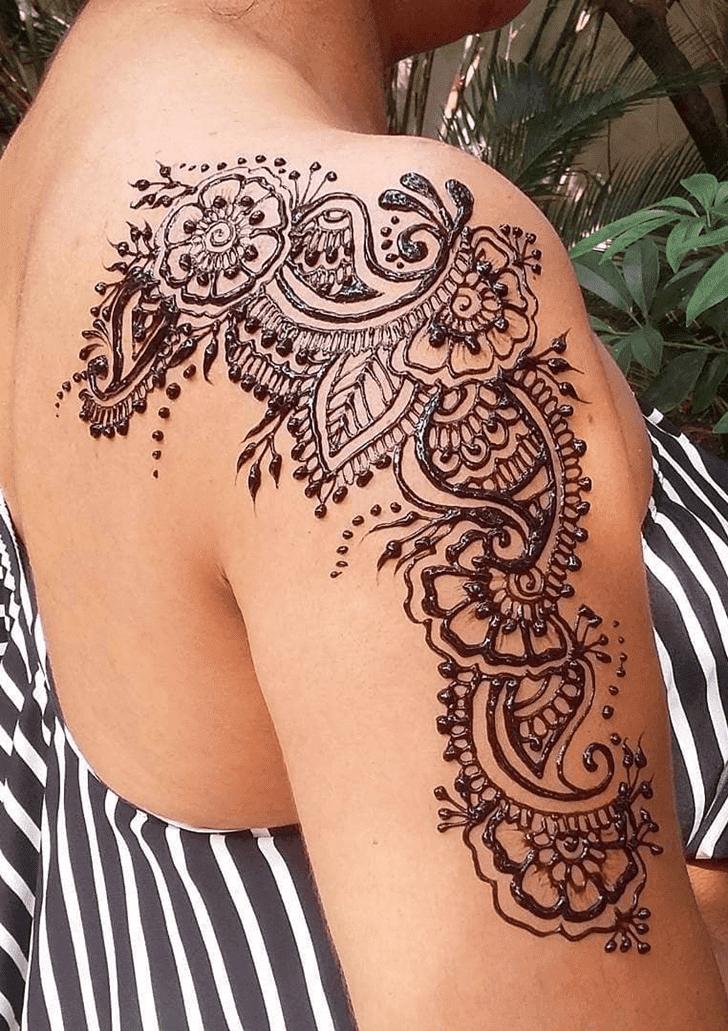 Alluring Royal Henna Design