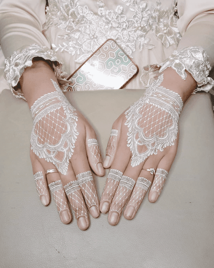 Refined Royal Henna Design