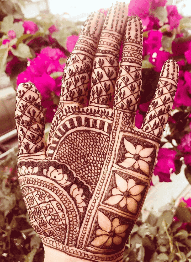 Alluring Sankranti Henna Design