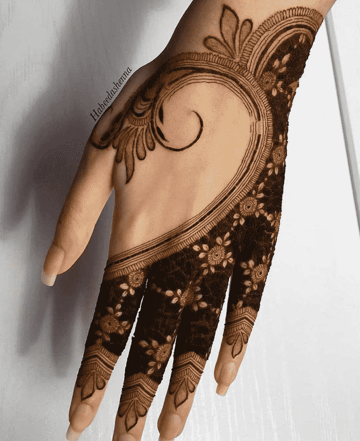 Captivating Sankranti Henna Design