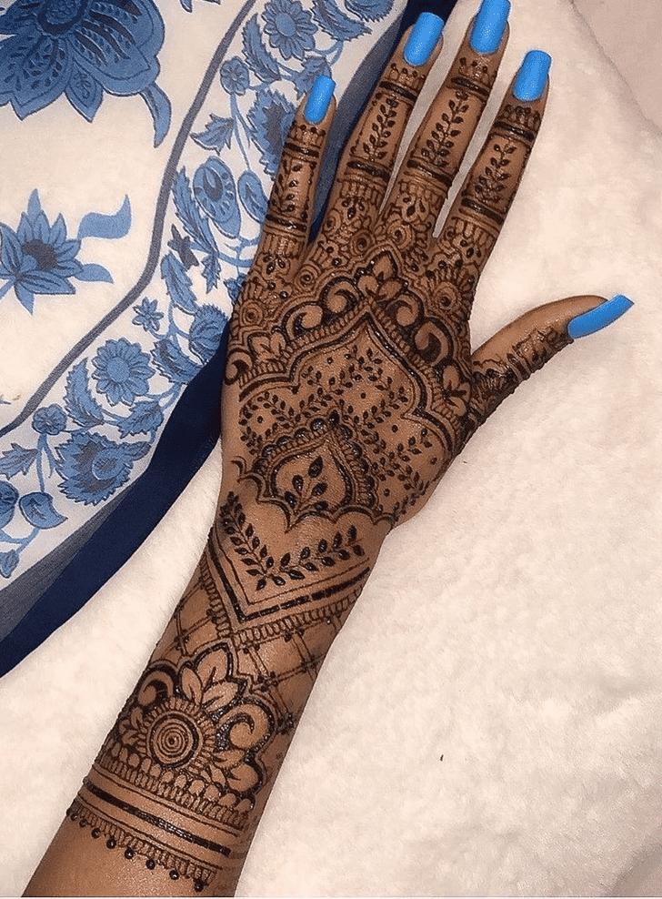 Ideal Sargodha Henna Design