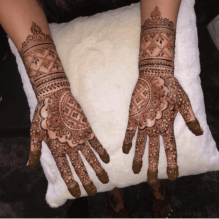 Magnetic Sargodha Henna Design