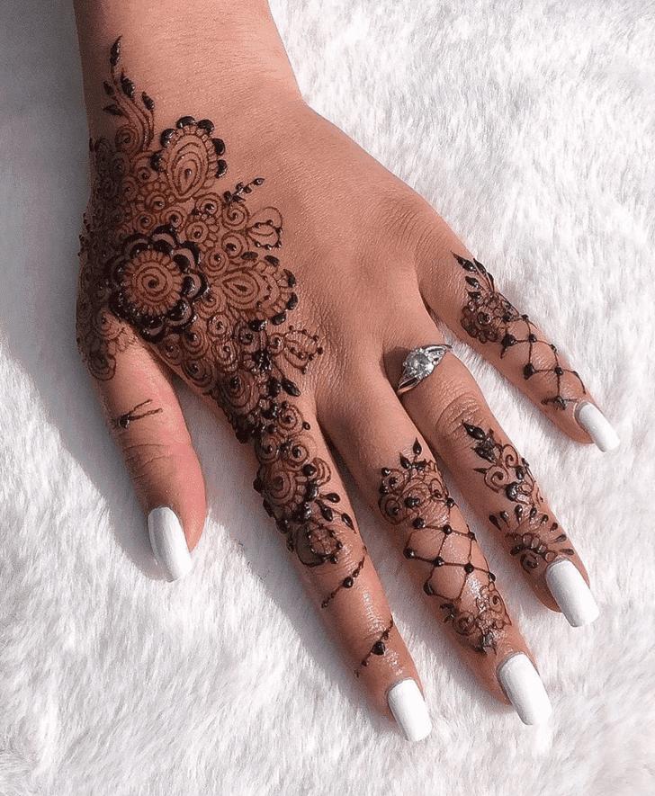 Mesmeric Sargodha Henna Design