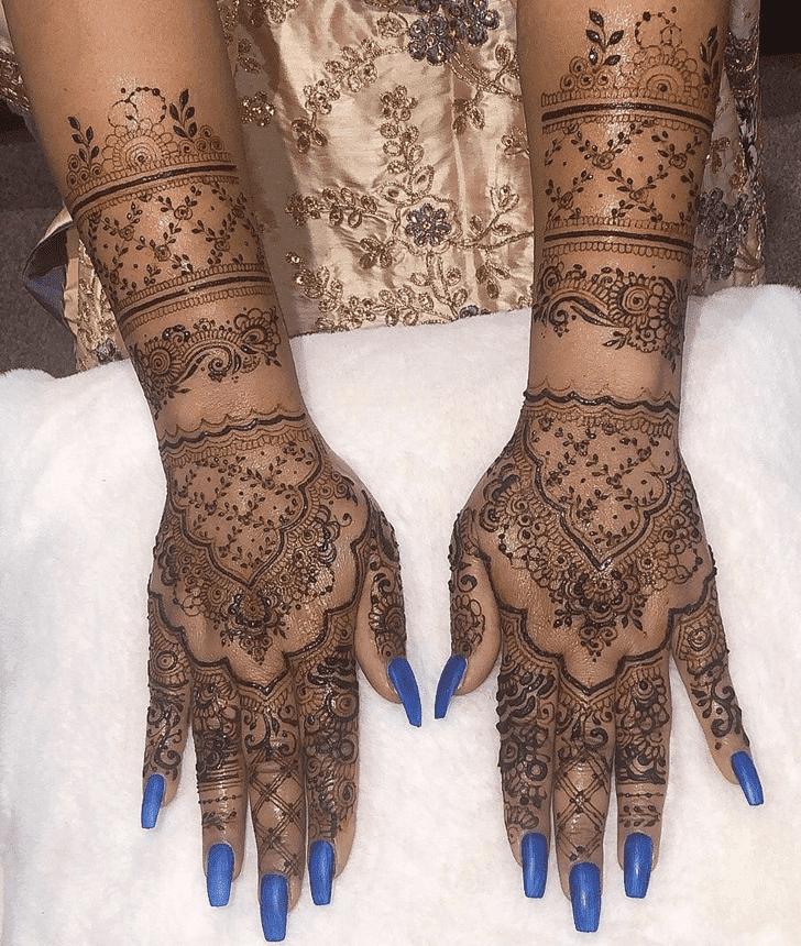 Refined Sargodha Henna Design