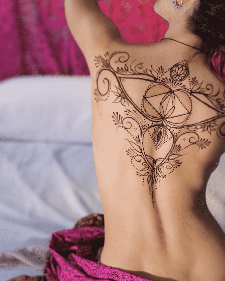 Bewitching Sexy Henna Design