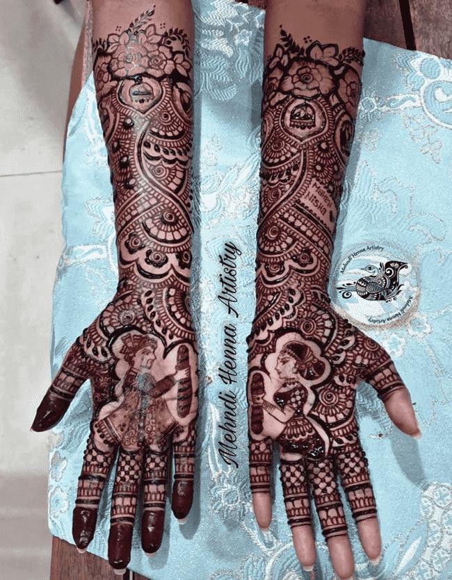 Classy Shaadi Henna Design
