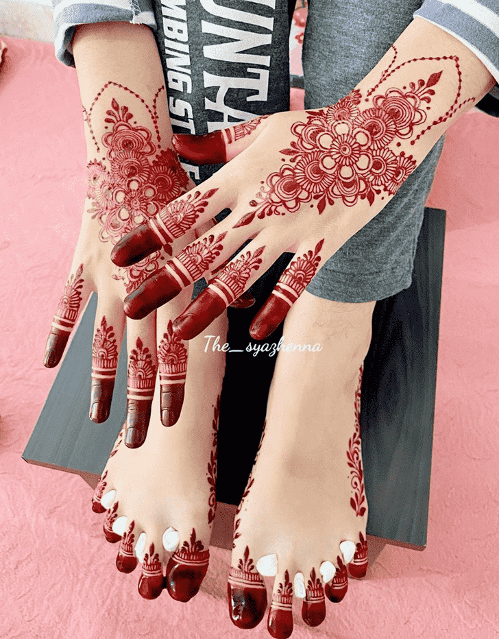 Charming Shimla Henna Design