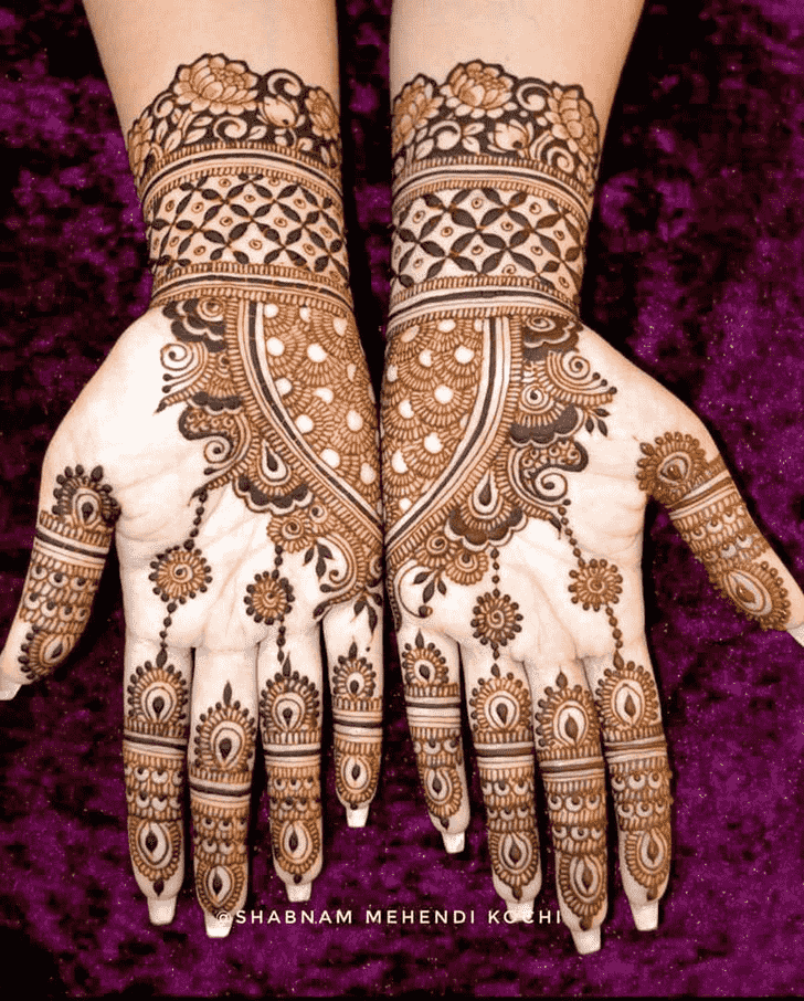 Appealing Shivratri Henna design