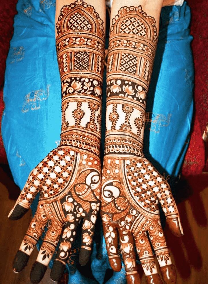 Bewitching Shivratri Henna design