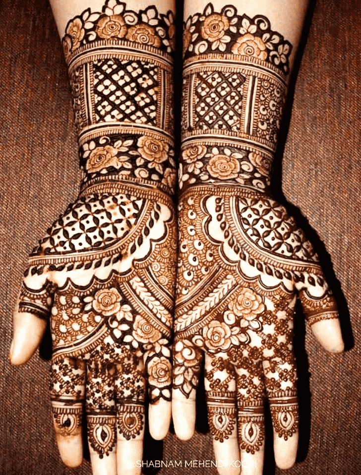 Comely Shivratri Henna design