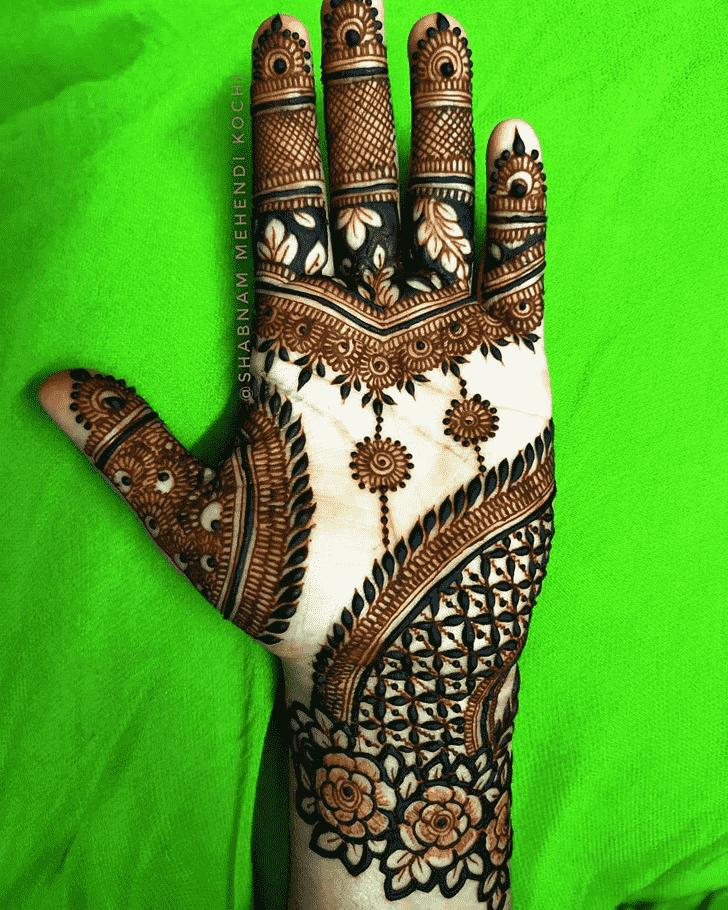 Enthralling Shivratri Henna design
