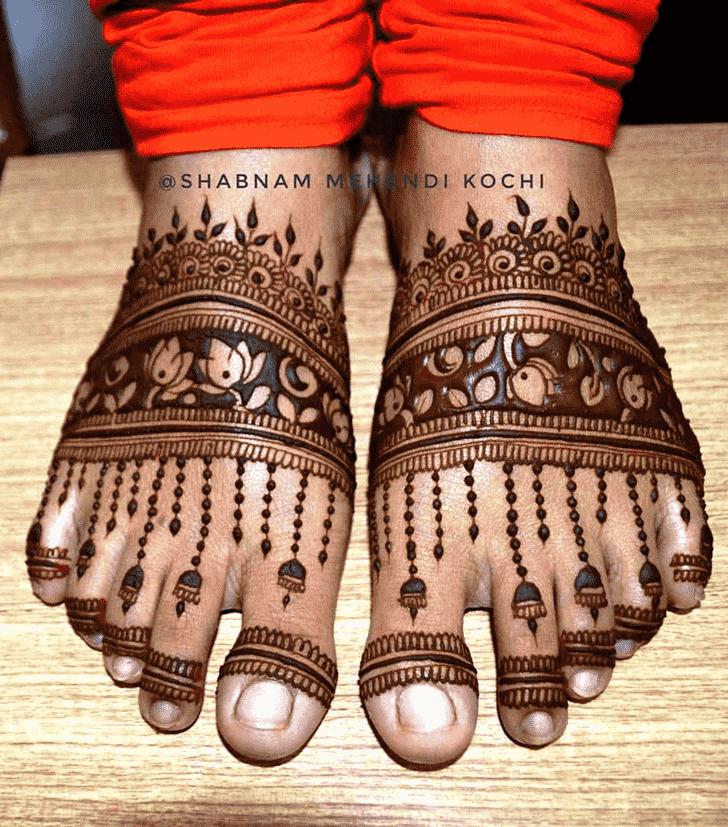 Fine Shivratri Henna design