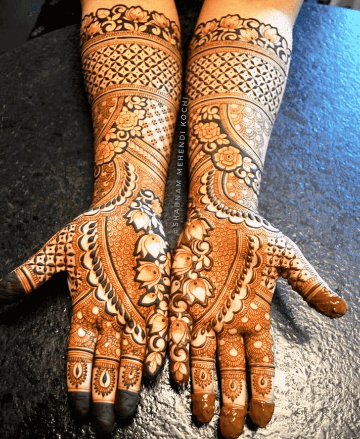Graceful Shivratri Henna design