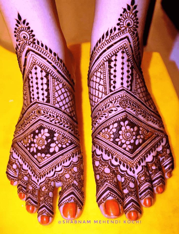 Inviting Shivratri Henna design