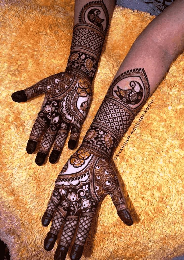 Lovely Shivratri Mehndi design