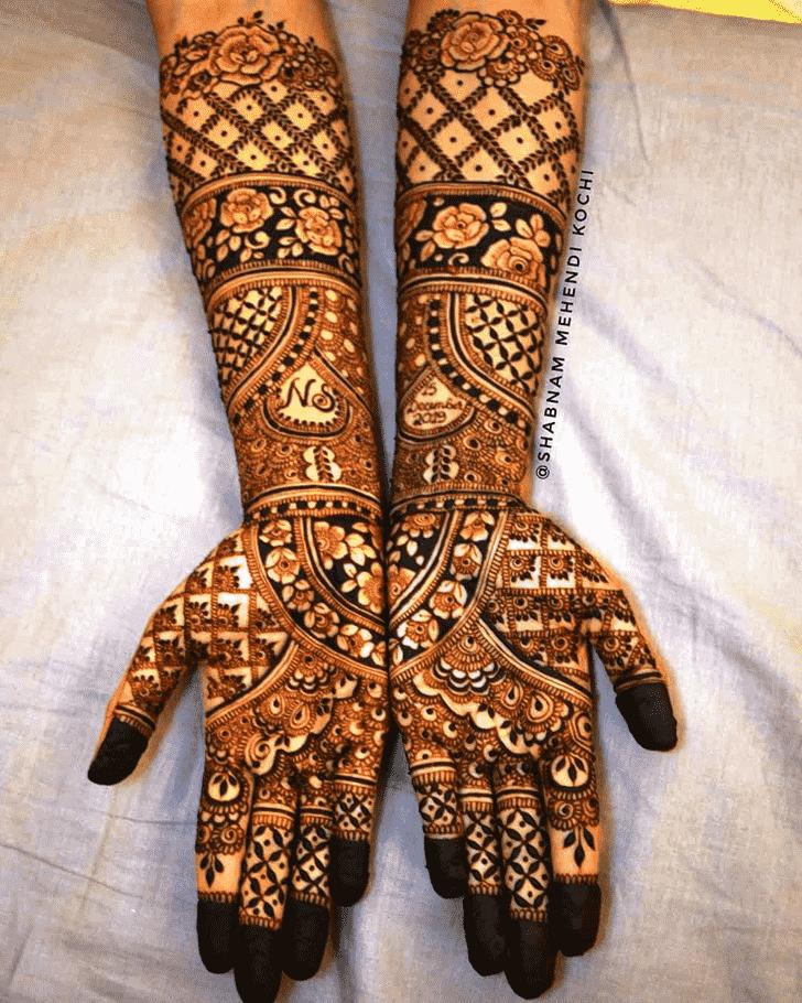 Mesmeric Shivratri Henna design