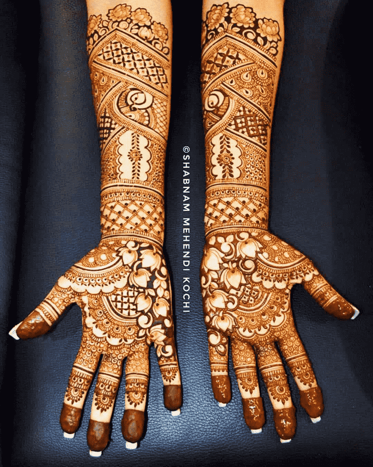 Pleasing Shivratri Henna design