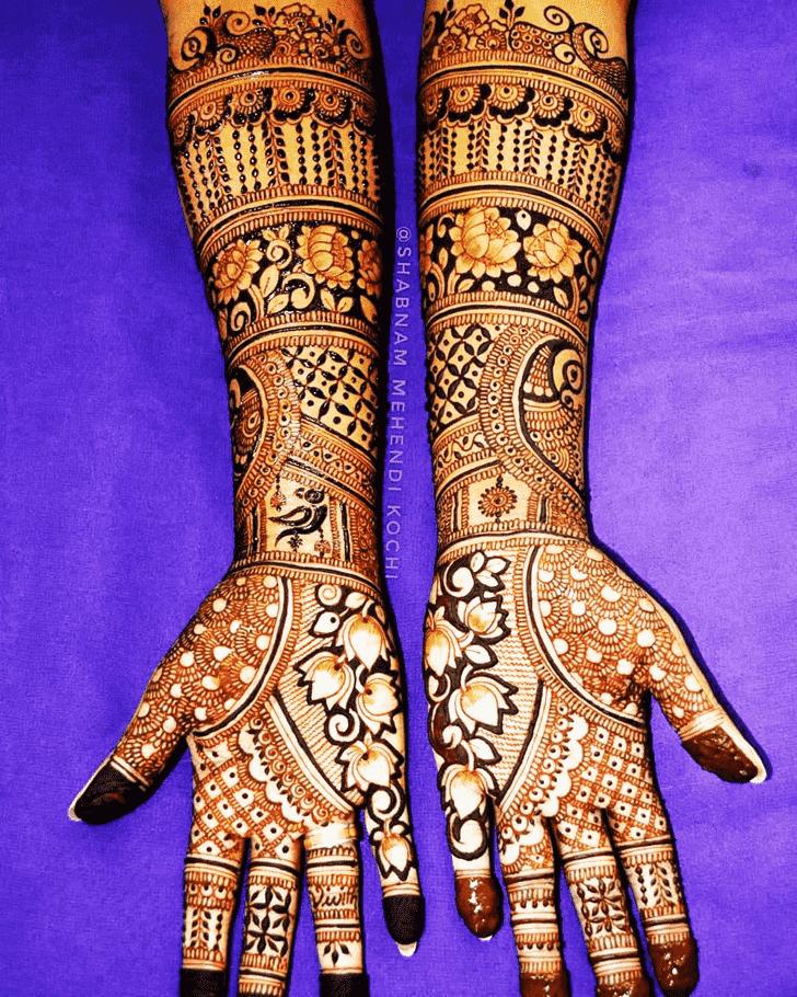 Pretty Shivratri Henna design
