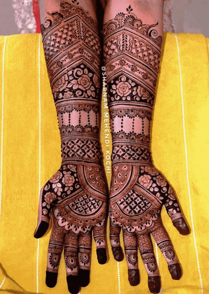 Radiant Shivratri Henna design