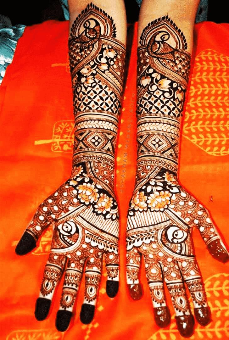 Ravishing Shivratri Henna design