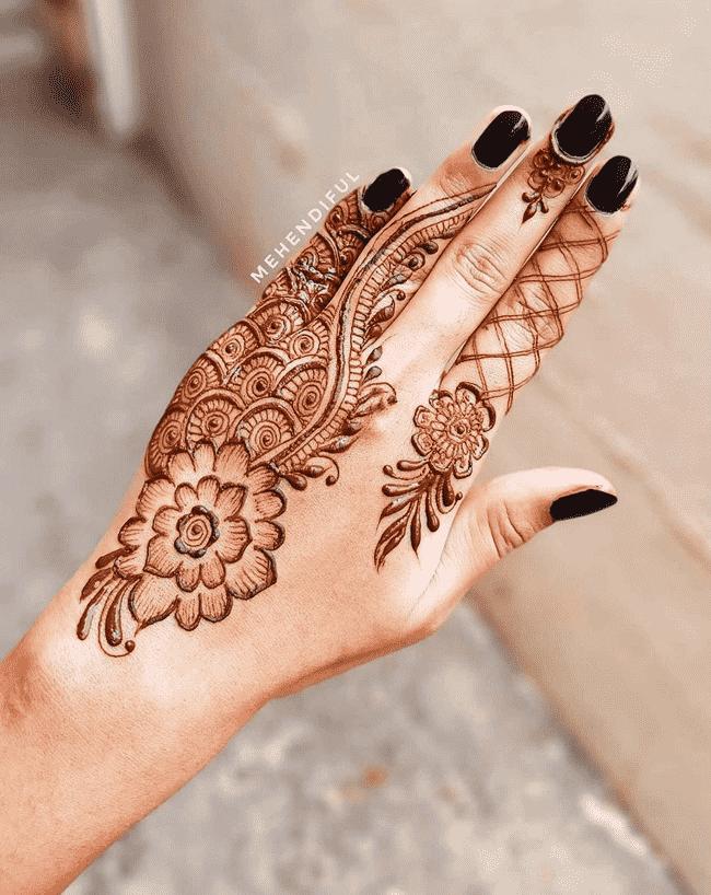 Classy sialkot Henna Design