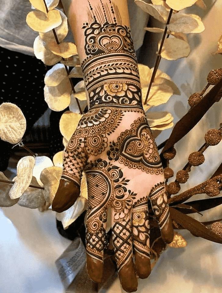 Appealing Simple Henna design