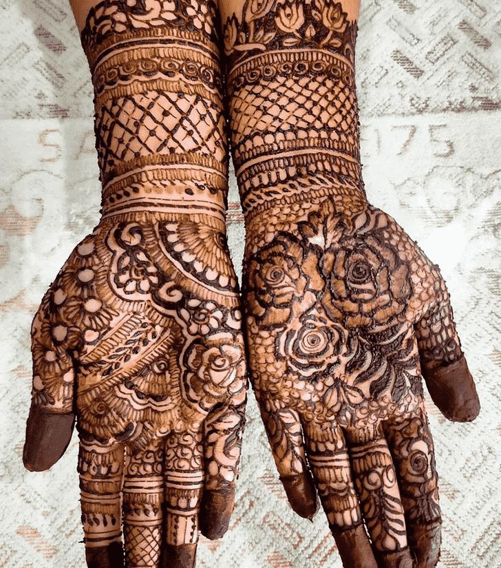 Charming Simple Henna design