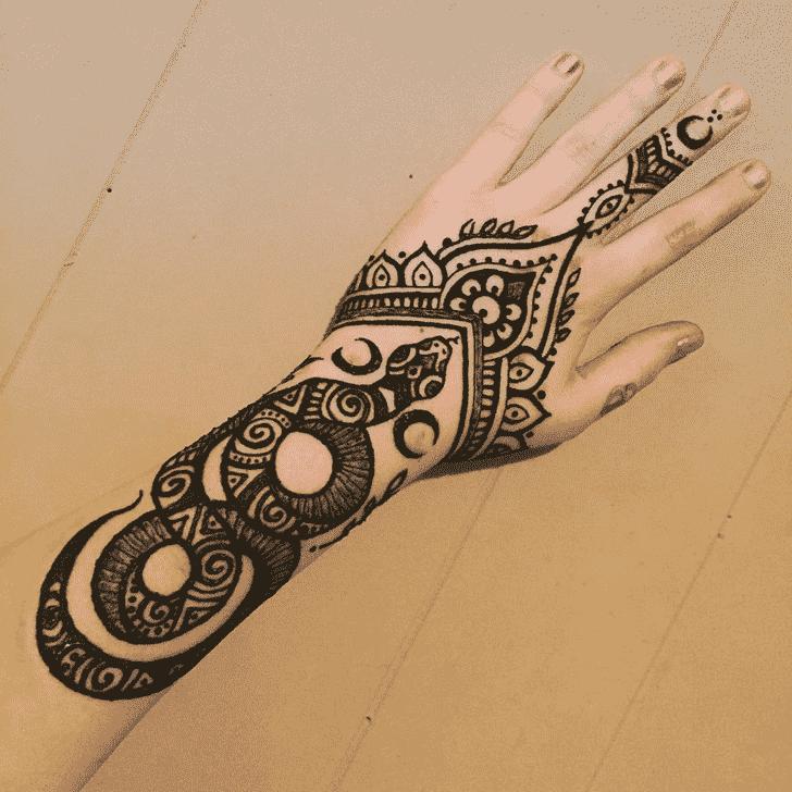 Adorable Snake Henna Design