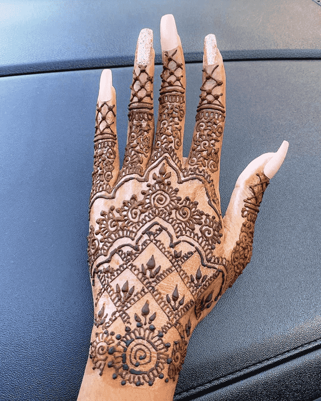 Appealing South Indian Henna Design