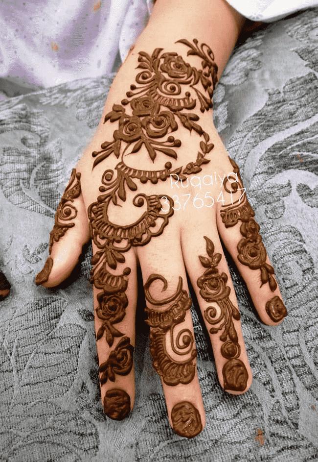 Captivating South Indian Henna Design