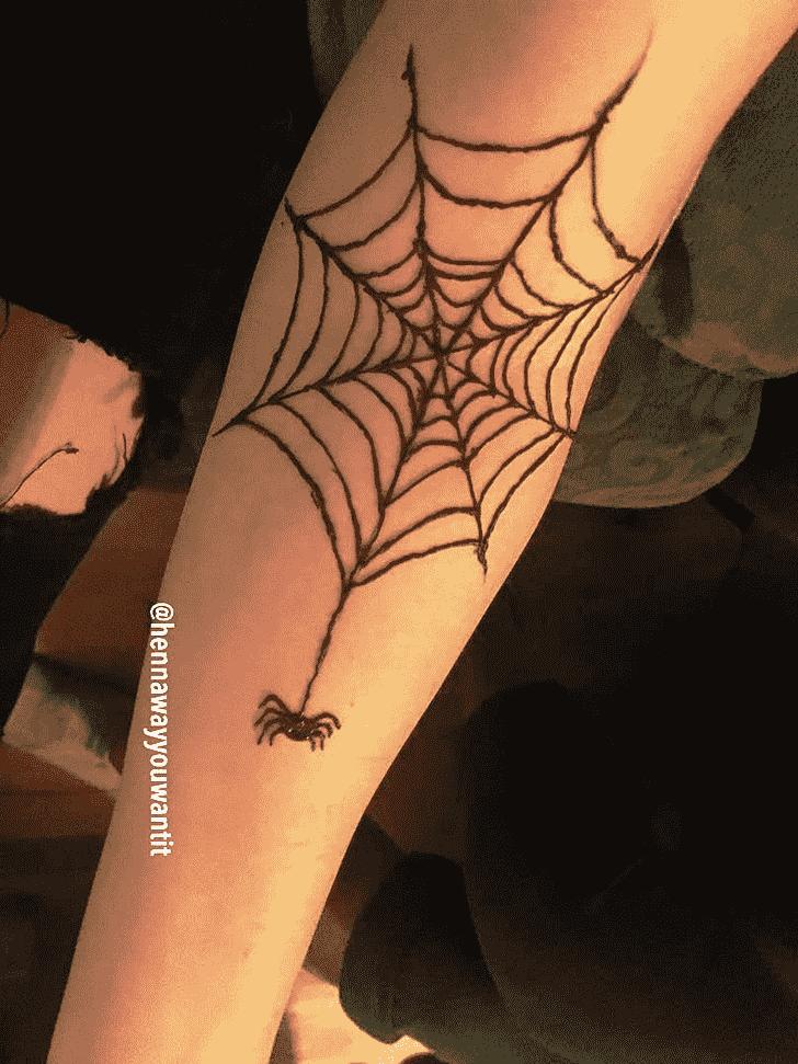 Excellent Spider Henna design