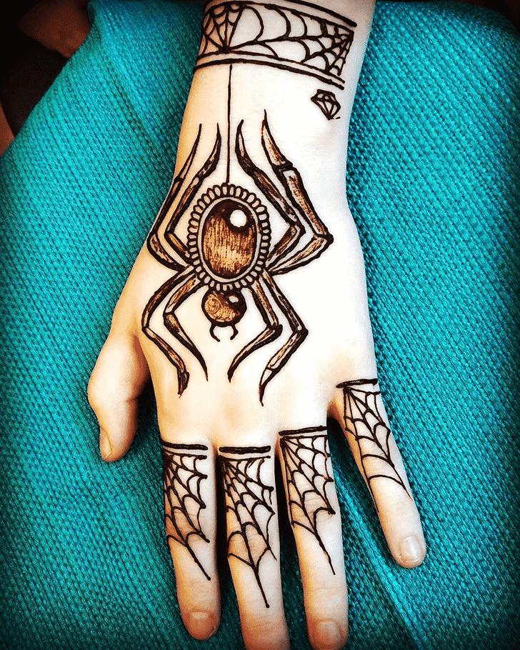 Exquisite Spider Henna design
