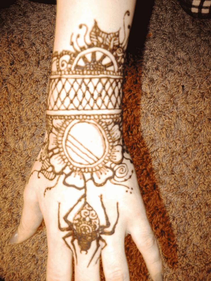 Graceful Spider Henna design